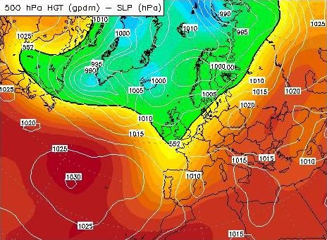 sea level pressure and heights of 500 hPa pressure level 0000 GMT